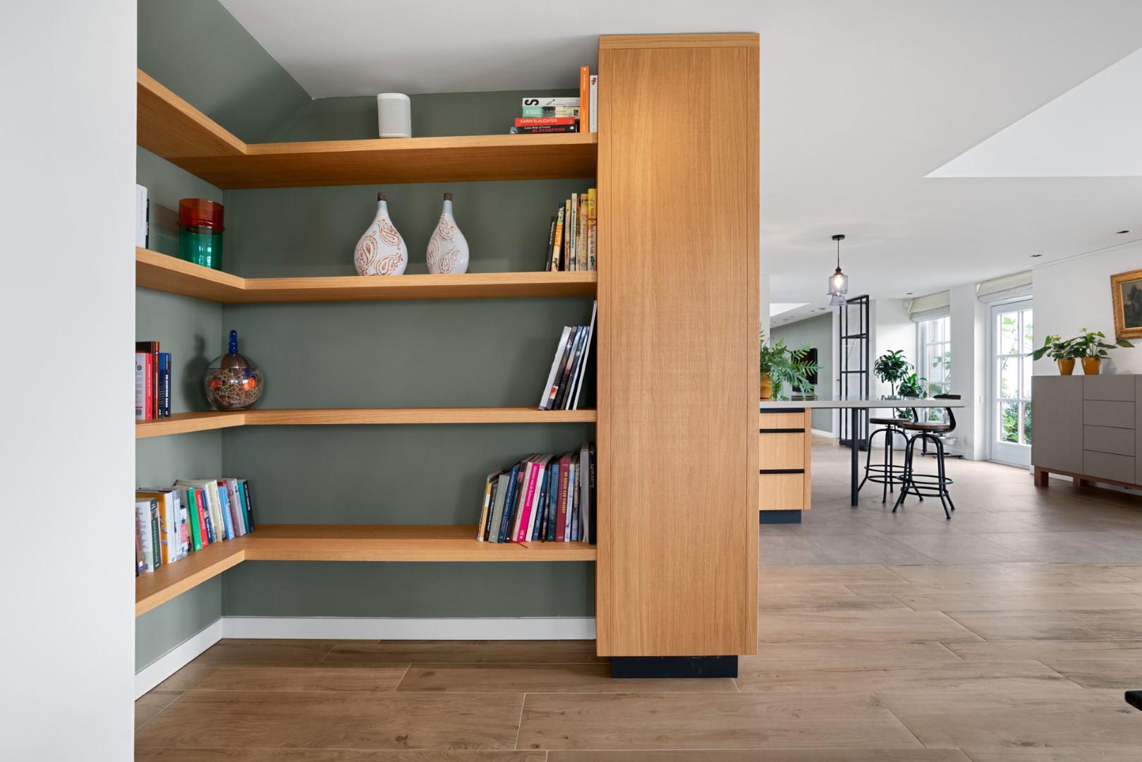 Adrichem Interieurbouw boekenkast